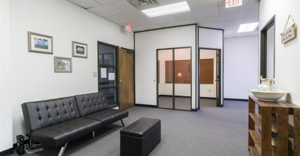 knightdale-raleigh-natural-healing-waiting-room